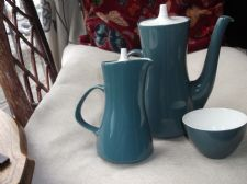 RETRO POOLE POTTERY COFFEE POT HOT MILK POT 3 X CUPS & SUGAR BOWL BLUE MOON